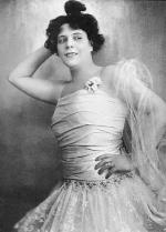 Kökény Ilona – színésznő. A korszak egyik legnépszerűbb komikája. 1910-es évek.