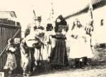 1. Matyó betlehemesek (Mezőkövesd, 1920-as évek)
