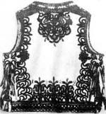 Vastag zsinórral és hímzéssel díszített bőrmelles hátulról (Kalotaszeg, v. Kolozs m.) Bp. Néprajzi Múzeum