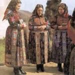 Asszonyok ünneplőben (Vista, v. Kolozs m., 1970-es évek)