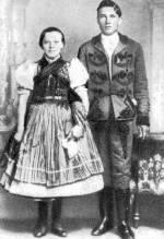 Fiatal pár (Vajdácska, Borsod-Abaúj-Zemplén m., 20. sz. eleje)